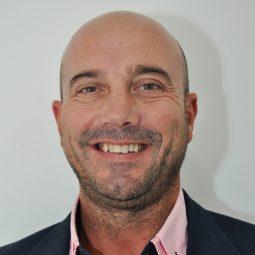 Carlos Acosta, asesor salud MundoSeguros