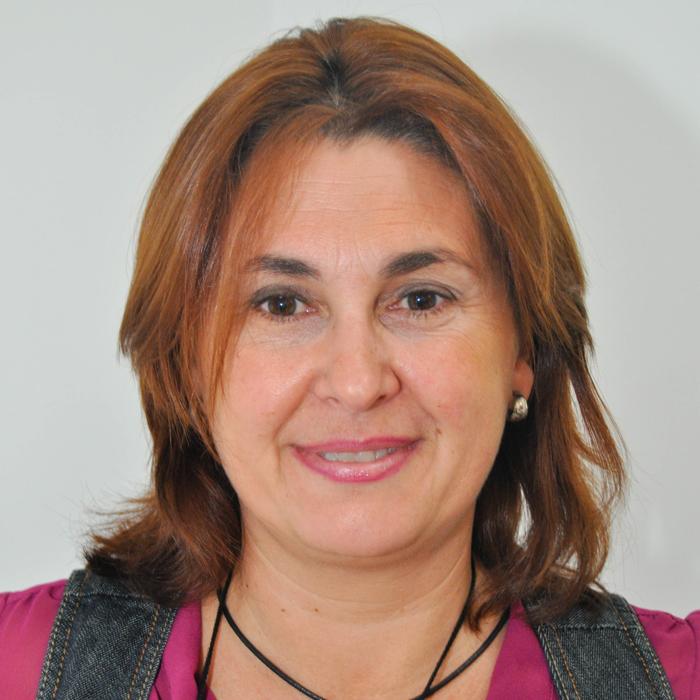 Ana Almonacid, equipo MundoSeguros, atención personalizada